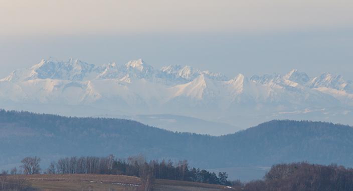 panorama Tatr gmina Pleśna