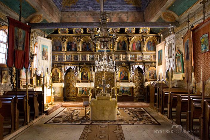 wnętrze cerkwi w Wysowej
