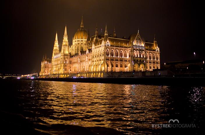 Budapeszt Parlament nocą